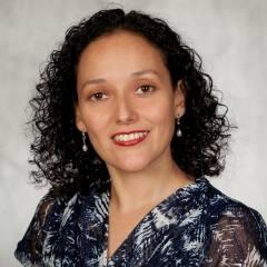 Head shot of Professor Claudia Rosales.