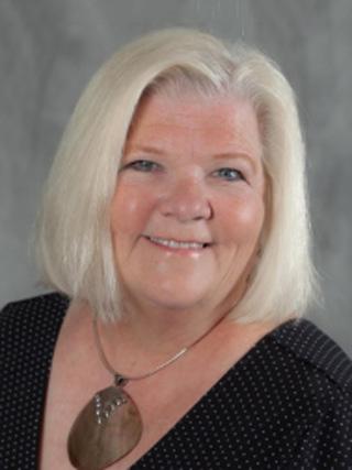 Brenda Sternquist headshot