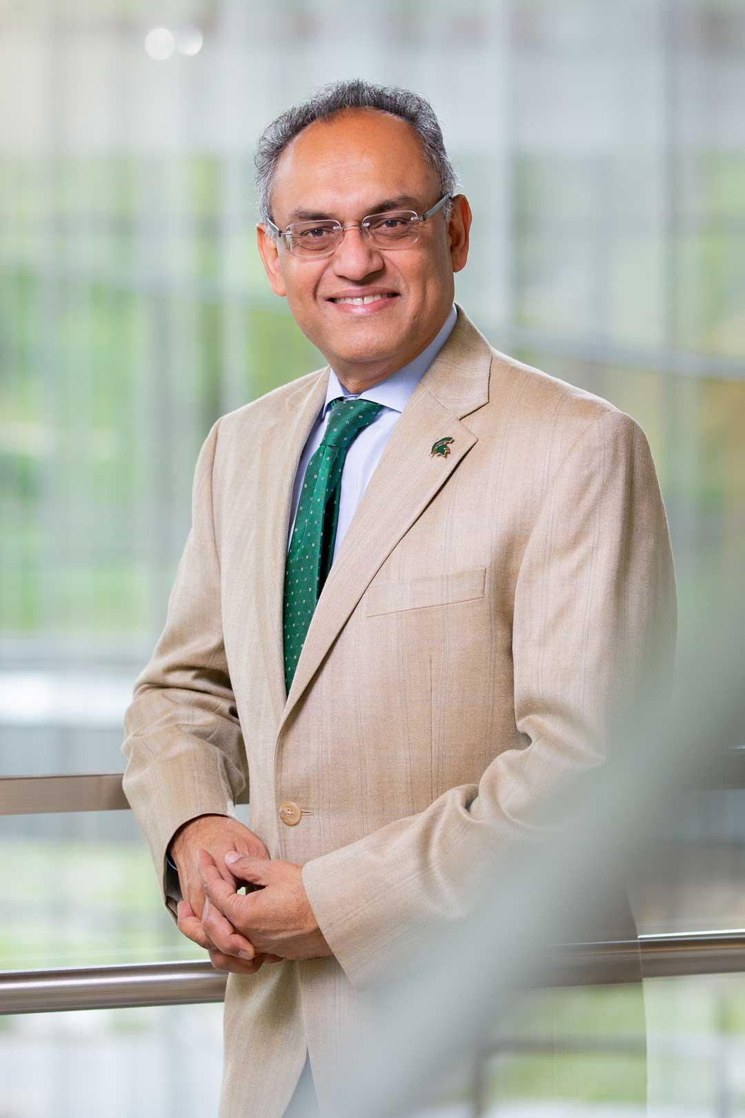 Portrait of Dean Sanjay Gupta
