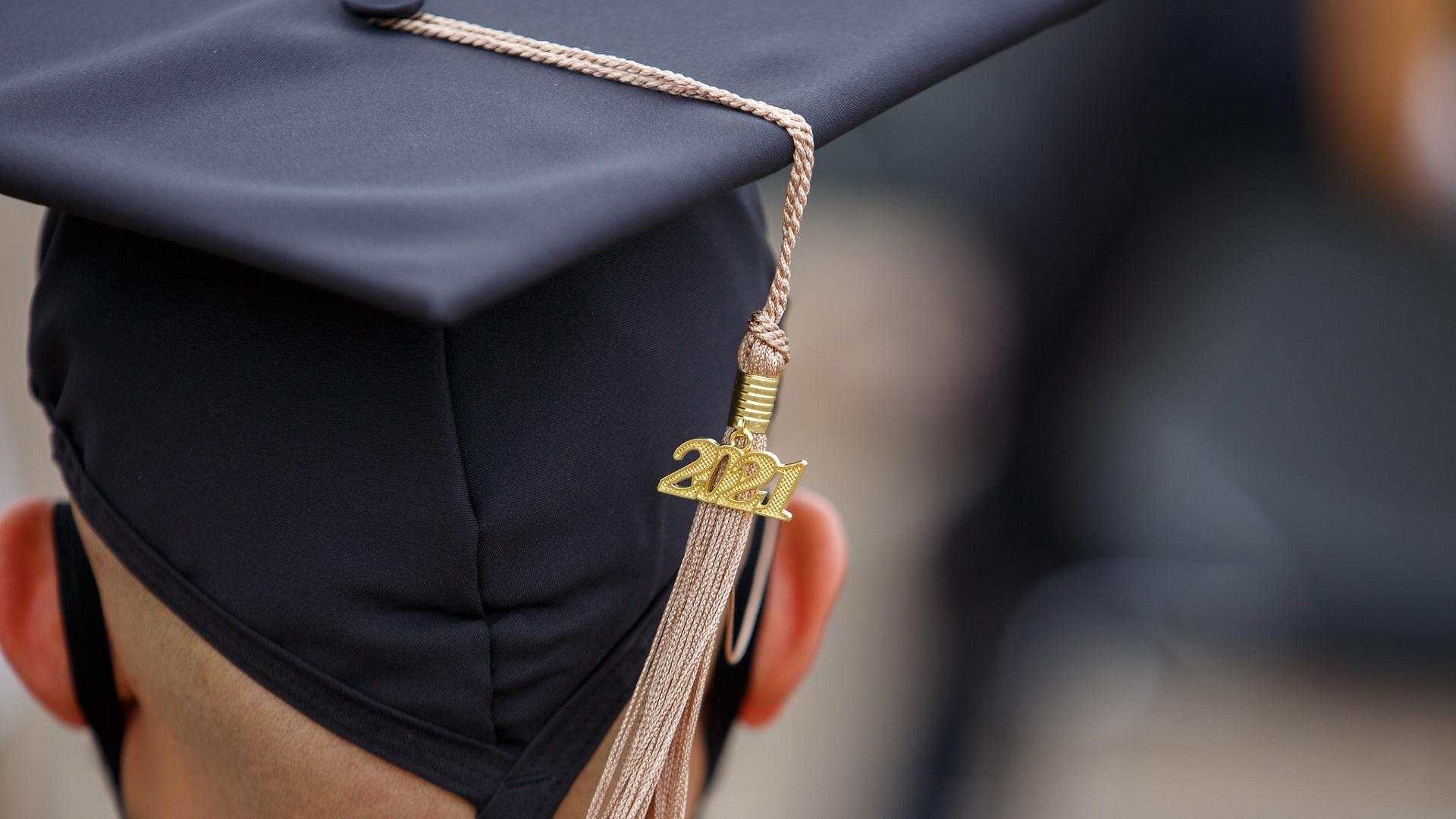 MSU Graduation Hat and tassel